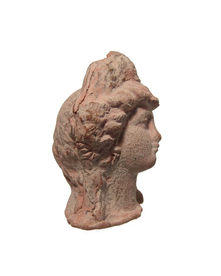 A beautiful Greek terracotta head of a woman - 3