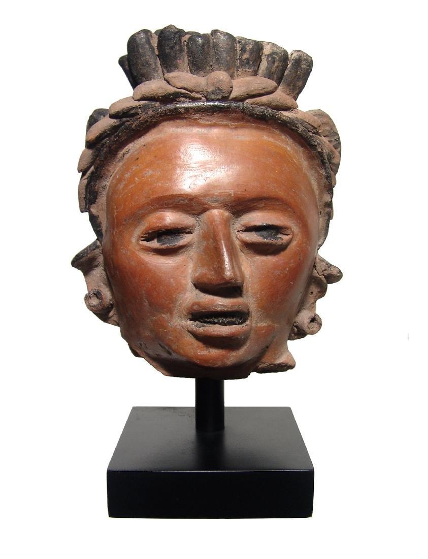 A large and attractive Vera Cruz ceramic head