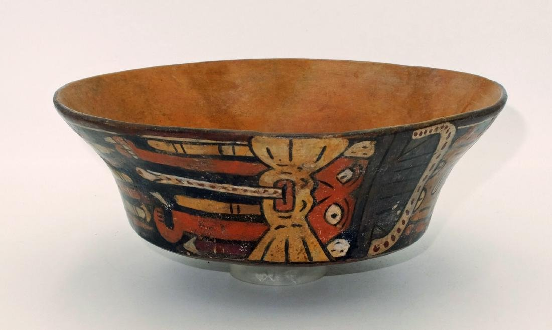 A large Nazca bowl depicting the Spotted Cat