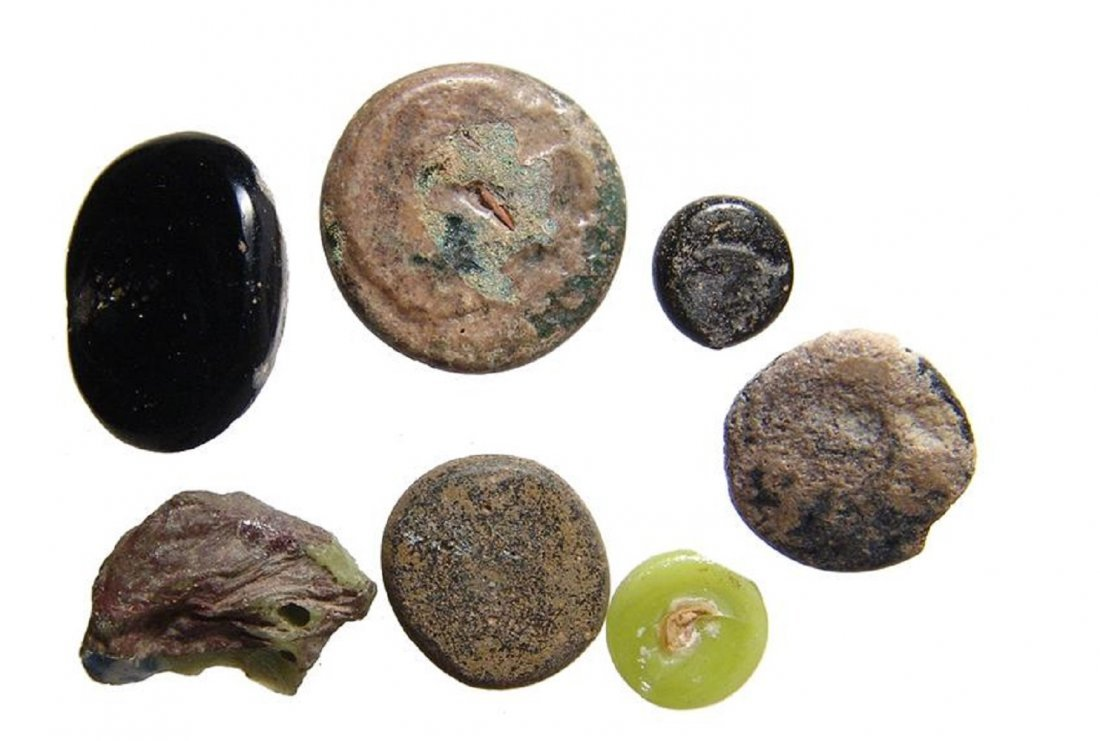 A group of Roman calculi or glass counters - 2