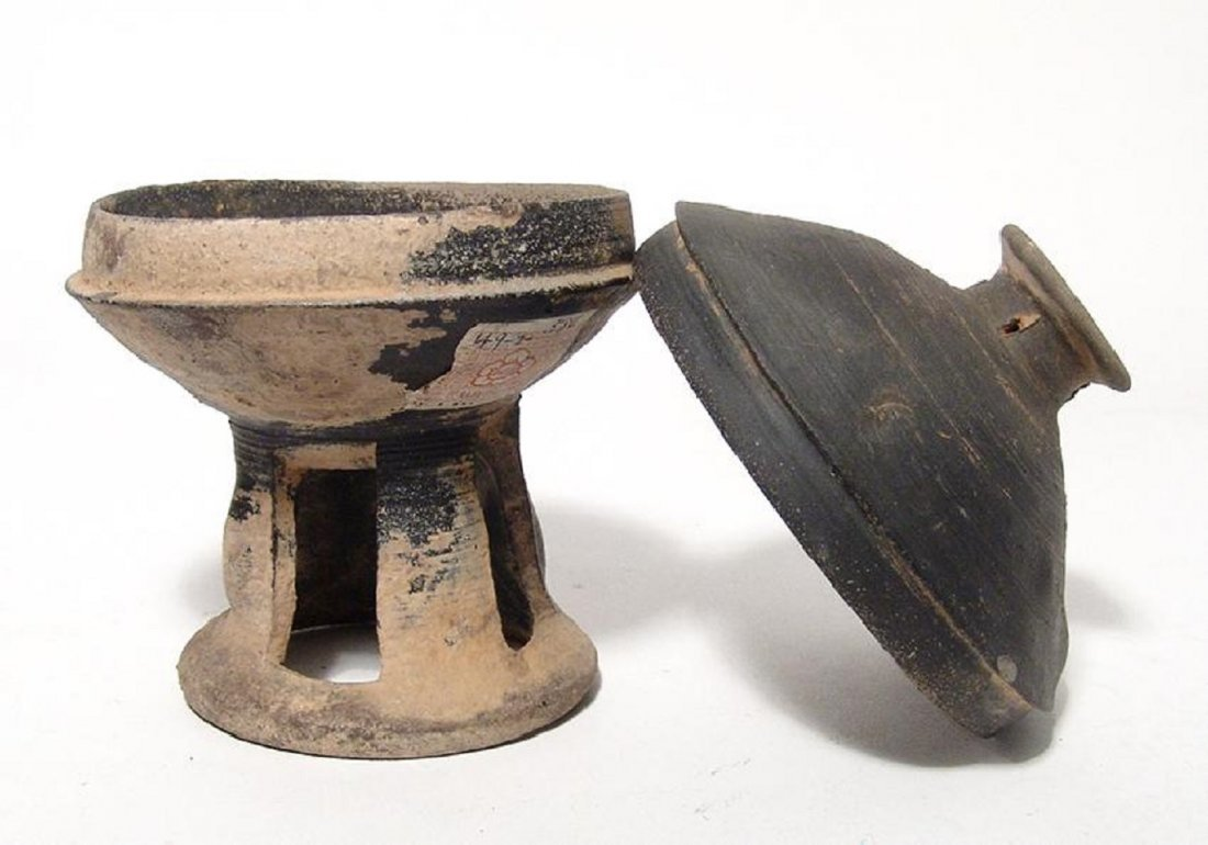 A nice Korean stone-ware pedestal bowl, Silla Period - 3