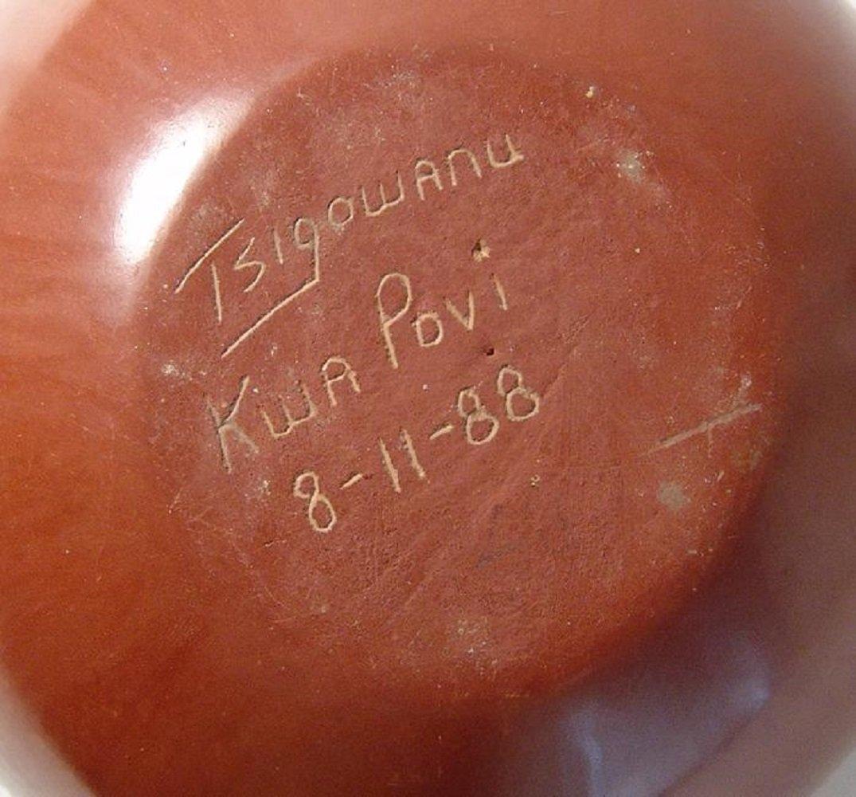 A beautiful seed pot by Roy Tsigowanu and Kwa Povi - 6