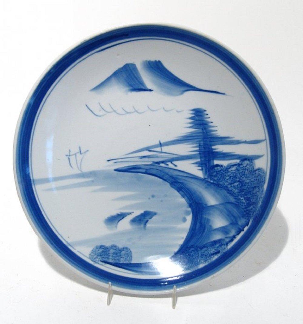 A lovely Japanese Imari blue on white porcelain plate