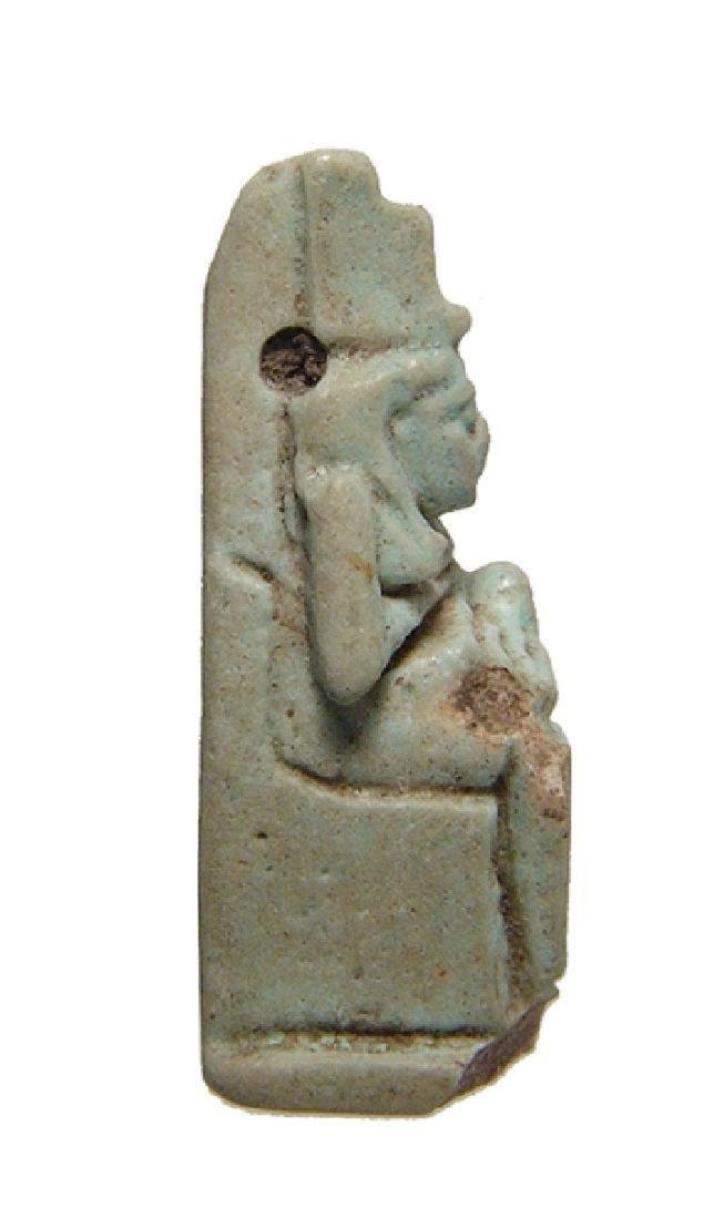 Egyptian faience amulet depicting Isis and Horus - 2