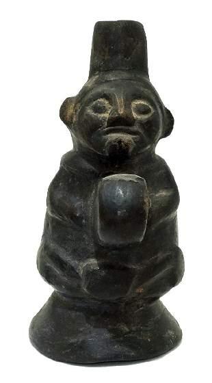 A fine Lambayeque ceramic figure