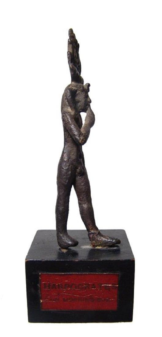 An attractive Egyptian bronze figure of Harpokrates - 3