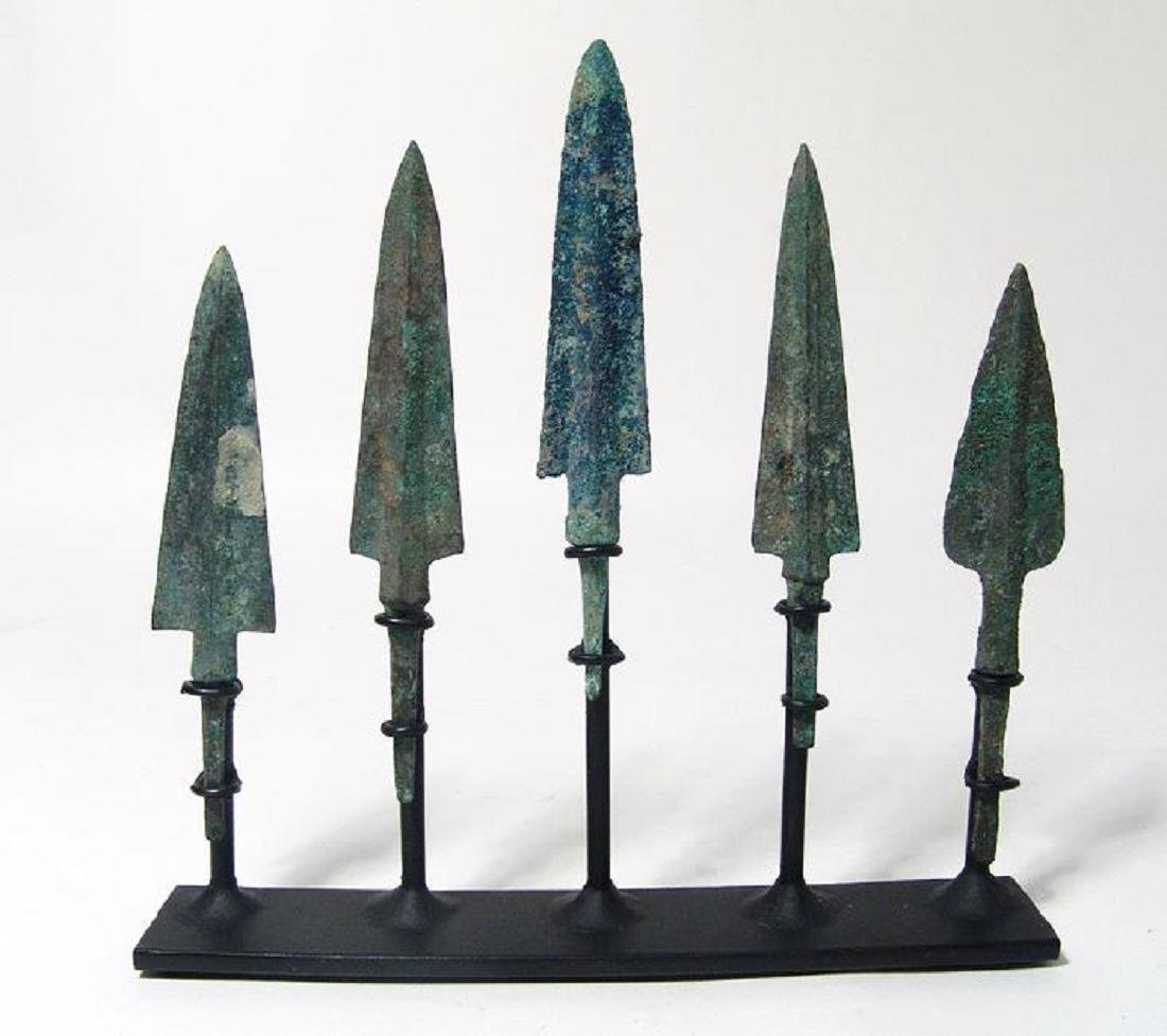 Set of 5 Near Eastern bronze arrow and spear points - 2