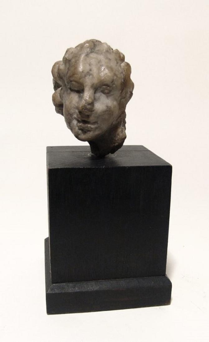 A Roman marble head of a woman - 2