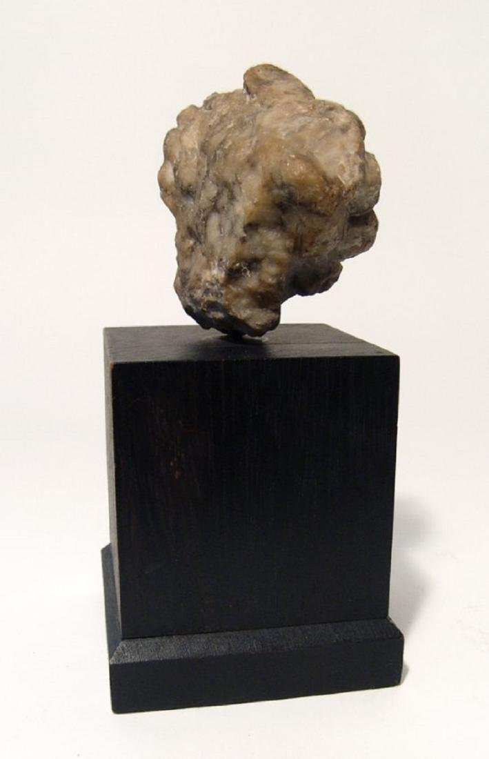 A Roman marble head of a woman - 3