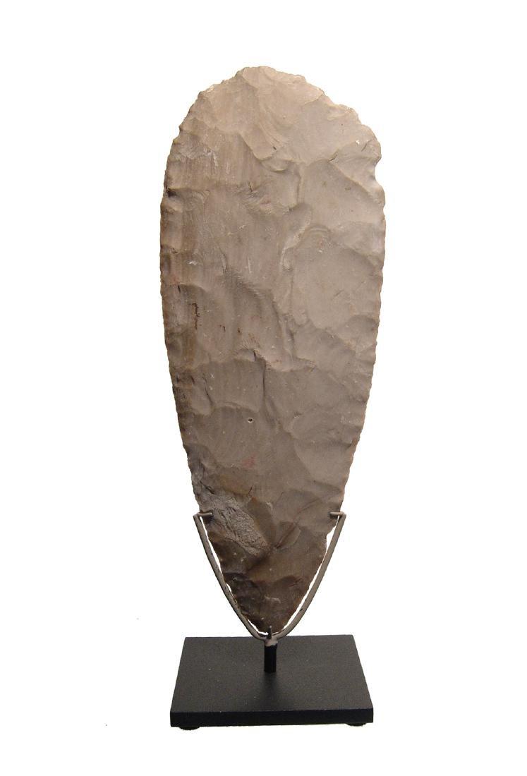 A choice Mayan tan chert blade, Mexico - 2
