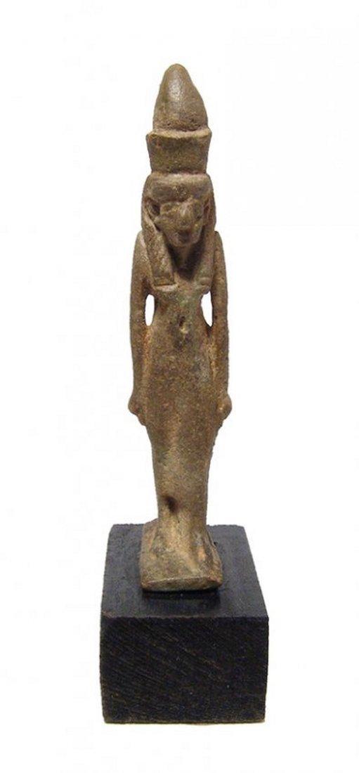 A beautiful Egyptian faience amulet of the goddess Mut - 2