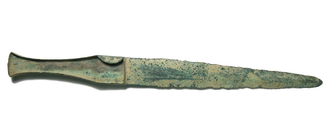 A Near Eastern bronze dagger - 2