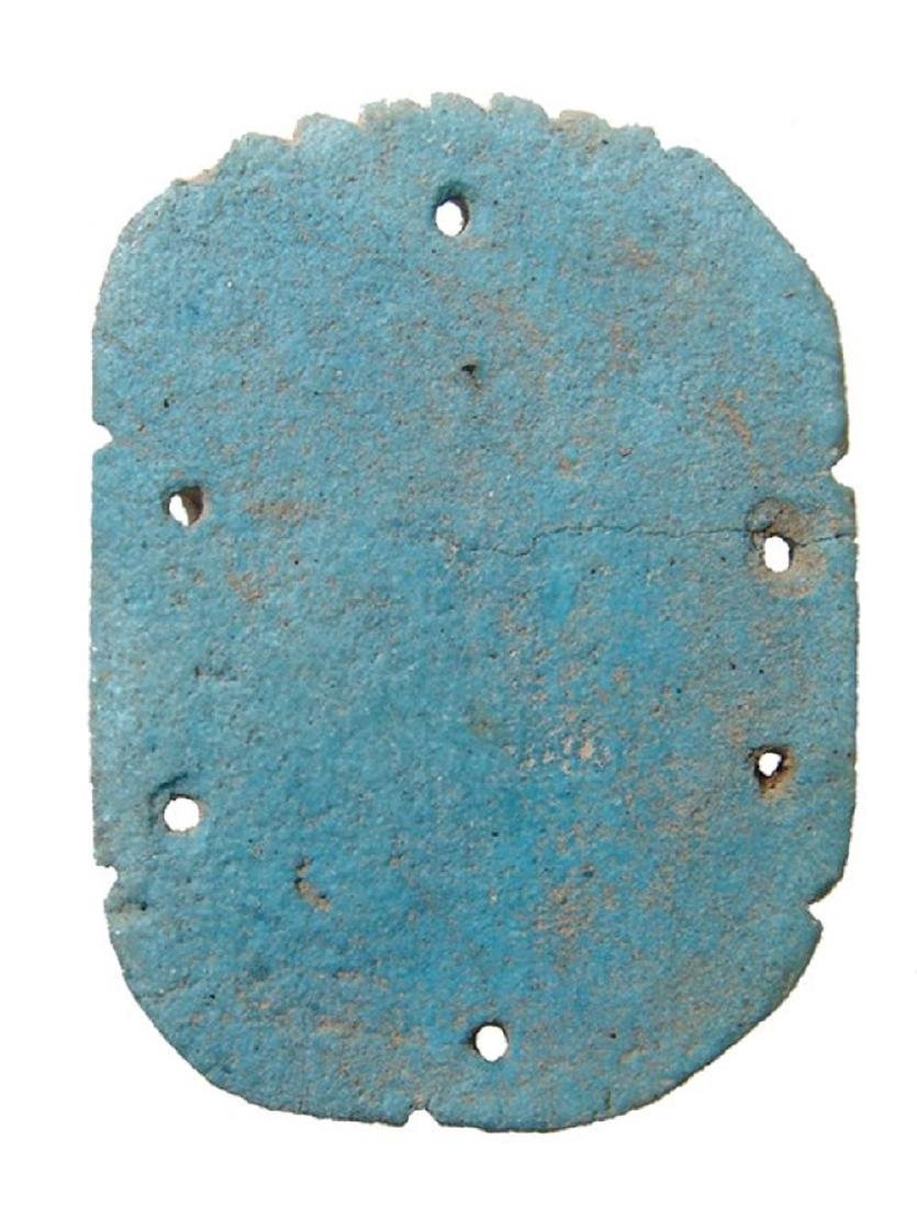 A large Egyptian faience pectoral scarab - 2
