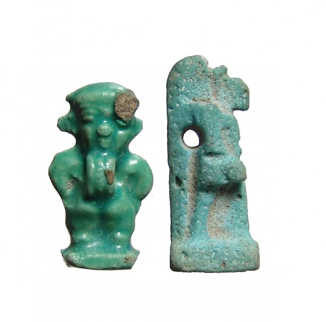 A nice pair of Egyptian faience amulets - 2