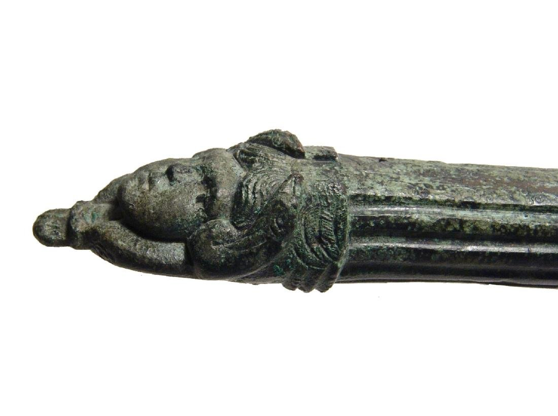 A beautiful Roman bronze patera handle - 6