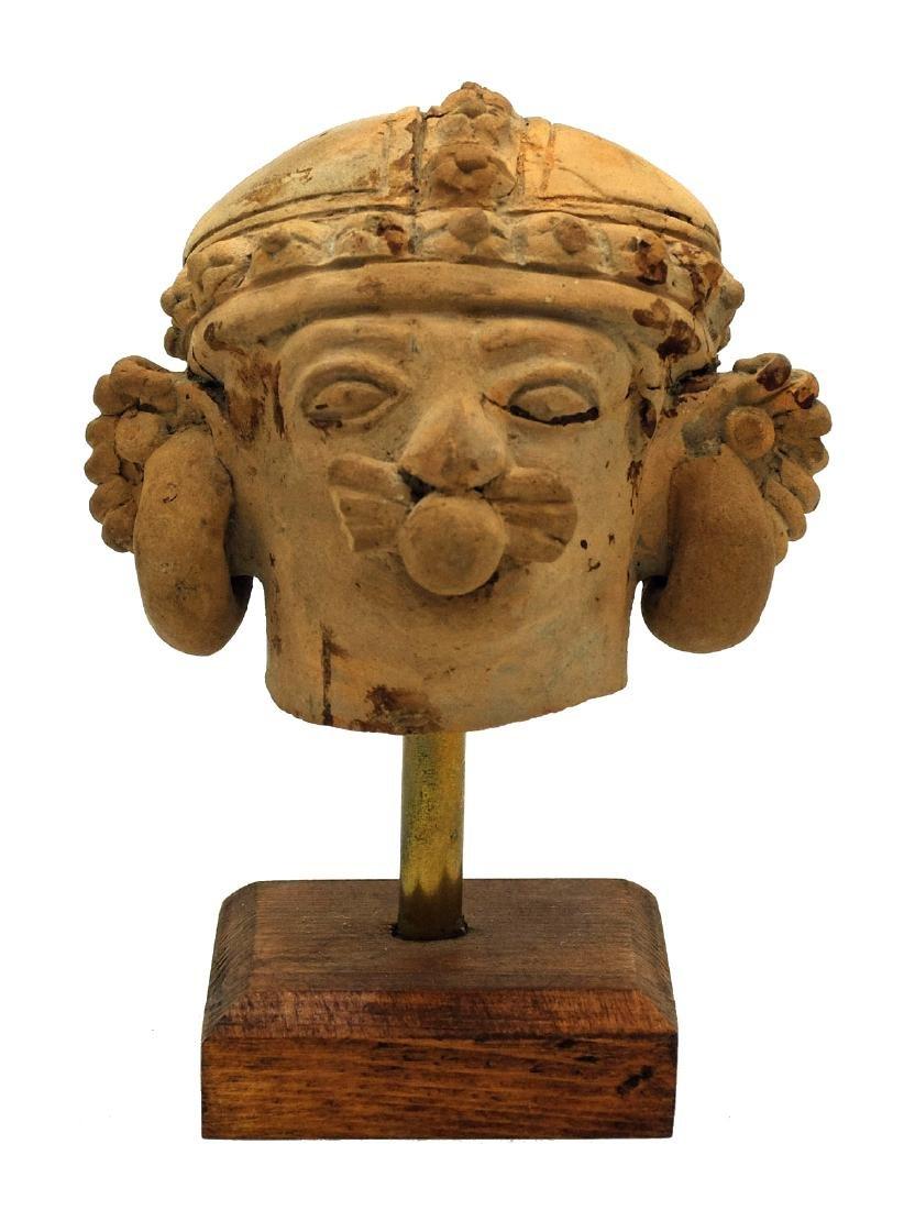 Exceptionally complex Jamacoaque head from Ecuador