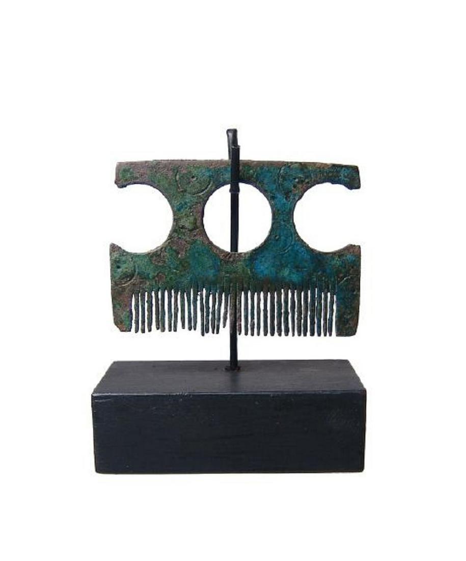 A rare Viking bronze comb, Northern Europe