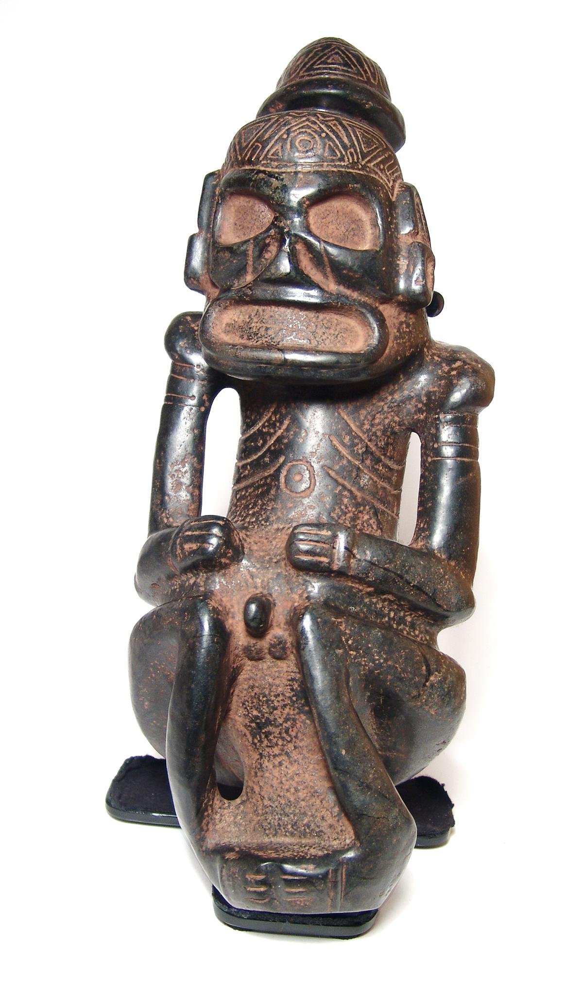 An important Taino mushroom-capped anthropic sculpture