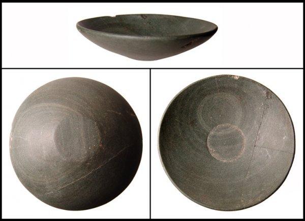 4: Early Dynastic Egypt. Shist bowl, c.3000-2500 BC