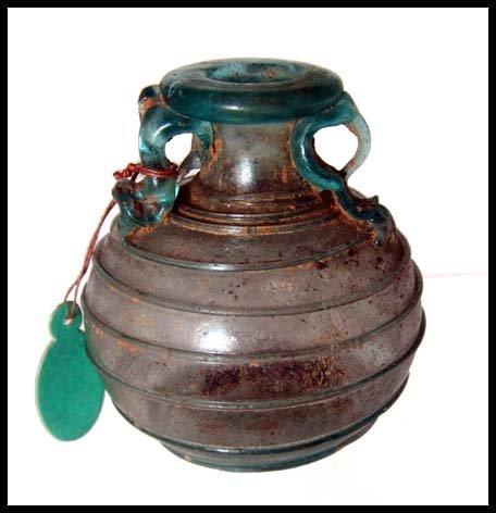 193: Roman glass aryballos with spiral decoration