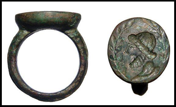 250: Roman bronze ring, bearded male head in intaglio