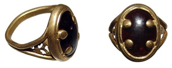 Beautiful Byzantine high-karat gold ring