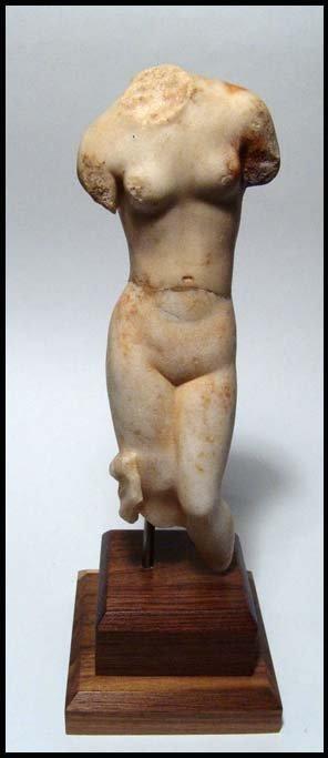 101: A choice Roman marble figure of Aphrodite