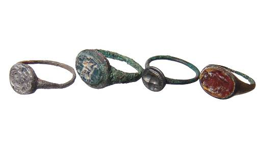 A lot of 4 Roman/Byzantine bronze rings