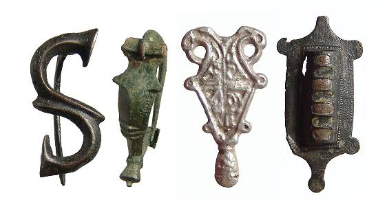 Lot of 4 brooches - Roman and Merovingian or Frankish