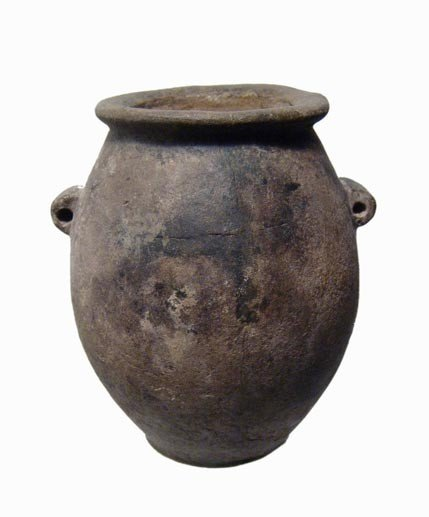 13: Beautiful Pre-Dynastic stone jar, Naqada III