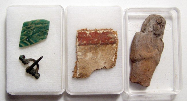 16: Group of Small Antiquities from an Old Collection