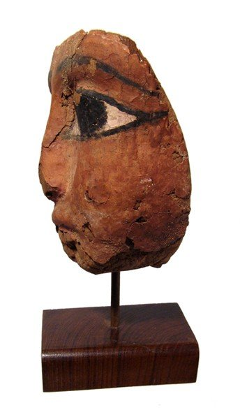 21: Egypt. Attractive mummy mask with large eyes - 2