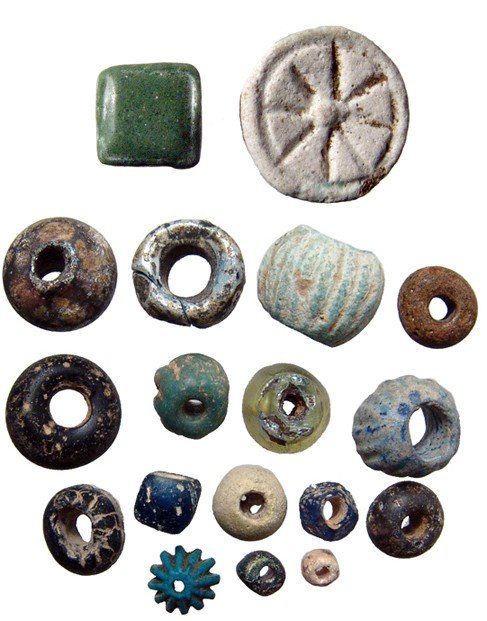 10: 18 glass and faience beads. Egypt & Near East