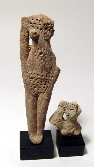 """92: Terracotta fertility """"doll"""" and head of another"""