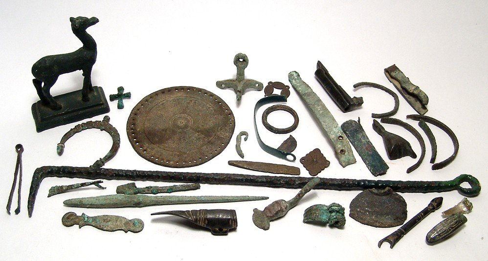 18: Mixed lot of bronze items, Ancient - Medieval
