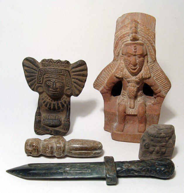 40: Lot of 5 Pre-Columbian style pieces