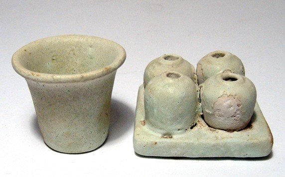 137: Lot of faience offering jars, Dynasty 26-30
