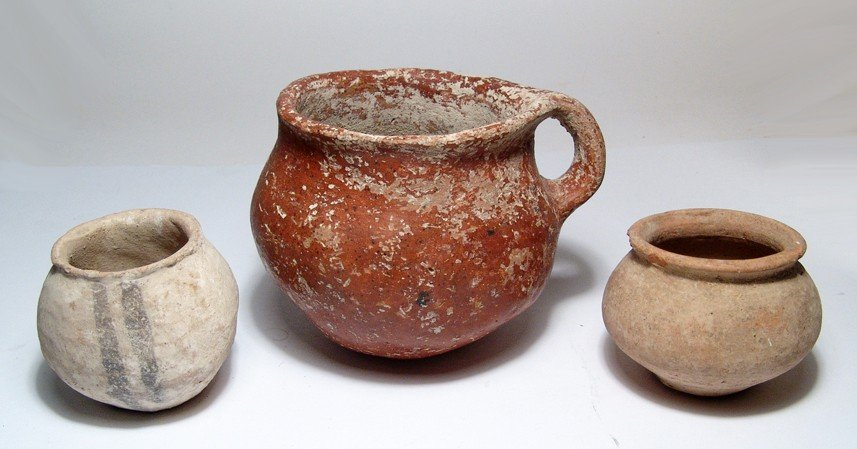 181: Lot of three early pottery vessels
