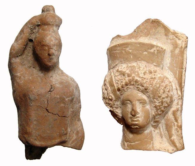 21: Group of 2 ancient Greek terracottas