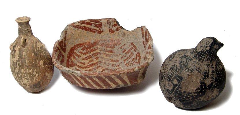 13: Lot of 3 Pre-Columbian ceramic items