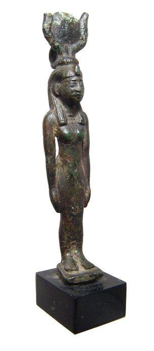 12: Beautiful Egyptian bronze figure of Hathor