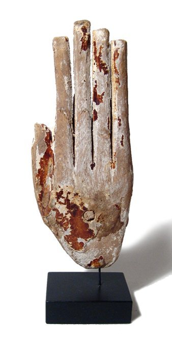 16: Egyptian New Kingdom wood hand, Ex Royal Athena