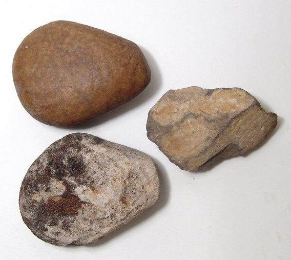 3 Predynastic stone objects from Egypt