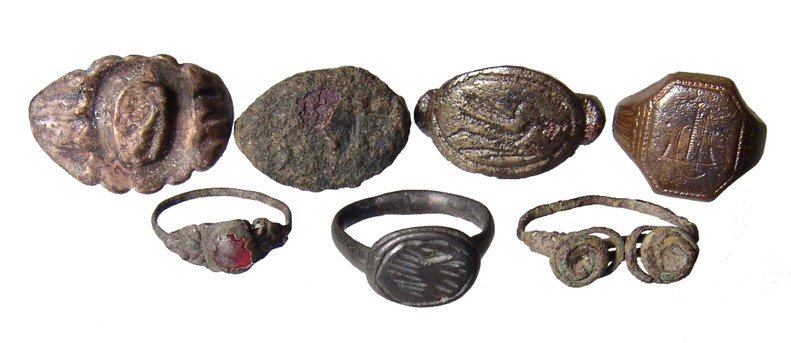 Lot of Rings and fragments, Roman and later