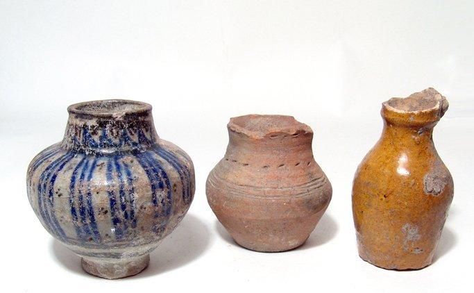 Lot of 3 mixed ceramic vessels