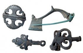 4 Roman bronze brooches, 2nd-3rd Century AD