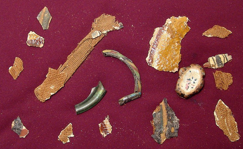 Ancient Egyptian cartonnage & glass fragments