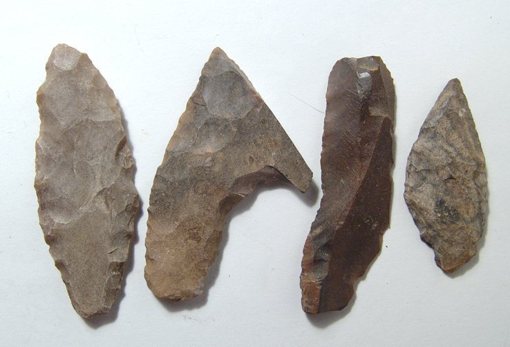 4 Egyptian Pre-Dynastic flint tools