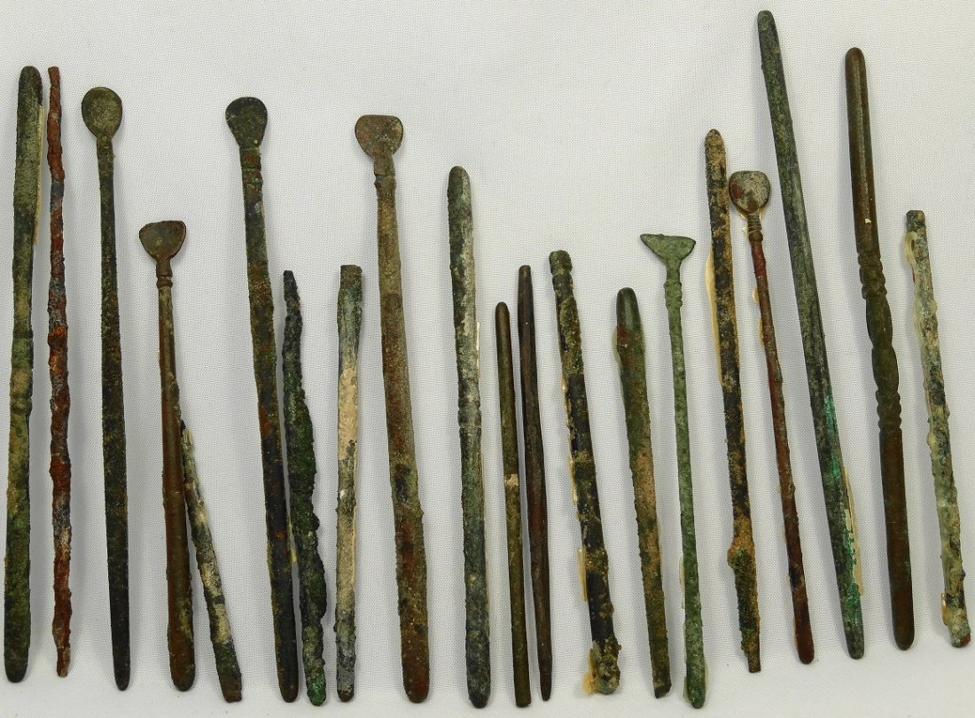 20 Roman bronze medical and utilitarian implements