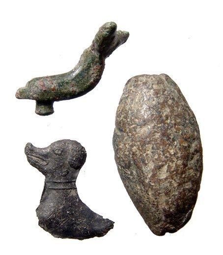 Roman fibula & sling bullet, Medieval dog